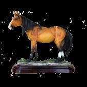 Лошадь на подставке 20х19см 7090